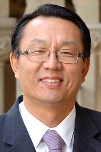 Gi-Wook Shin headshot