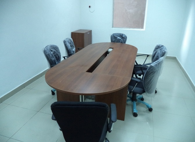 ID: HT CT23, 6-Seater Conference Table