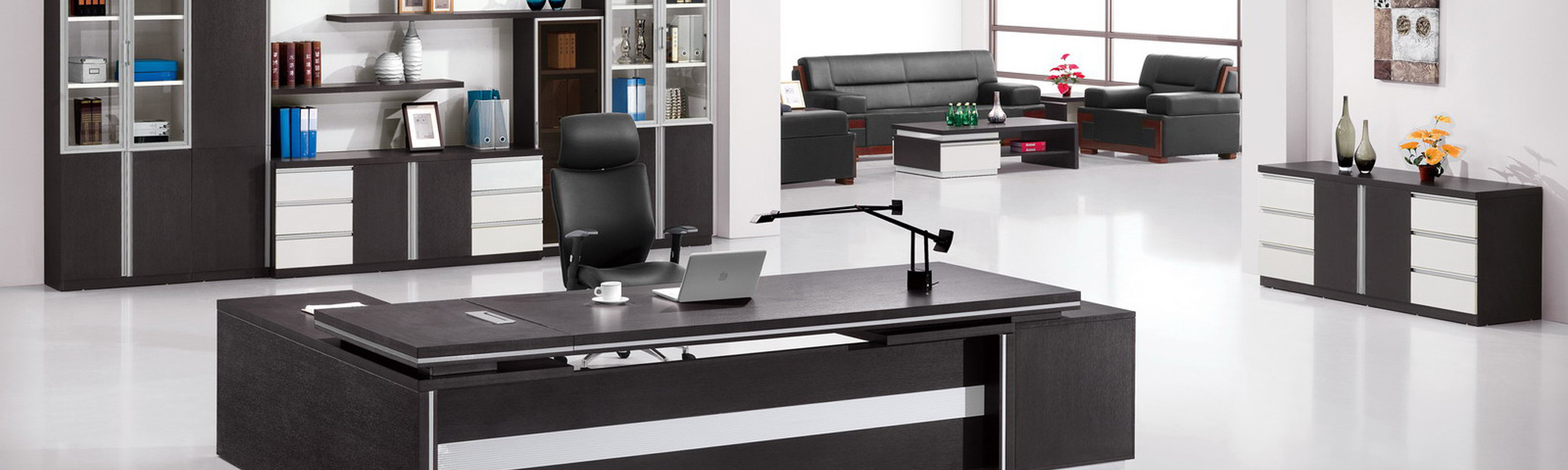 Office-Desk-in-Lagos-Abuja-Port-harcourt-Nigeria-Hitech-Design-Furniture-Limited