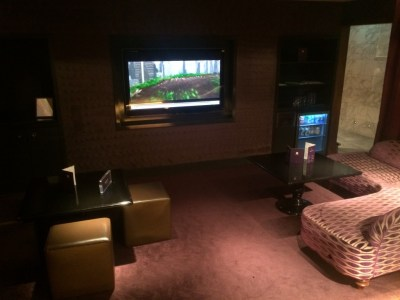No1 Traveller lounge review Heathrow Terminal 3 cinema