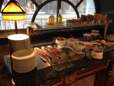 le grand hotel breakfast 2