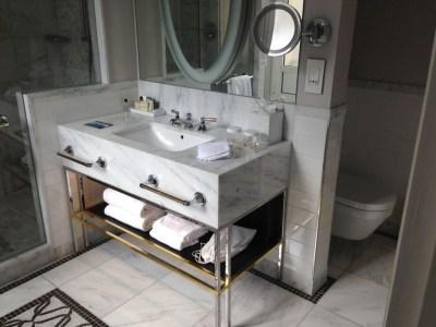 hilton-paris-opera-room-bathroom-shower-sink-toilet
