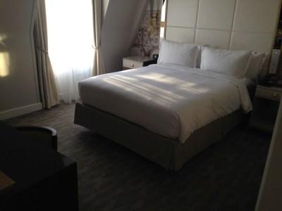 hilton-paris-opera-suite-bedroom-review