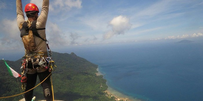 The Dragon's Horns on Tioman Island, Malaysia, Part7: new route addition – The Name of God – Ironin 3 – April 2015