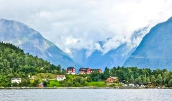 How to Travel Norway on a Budget: Transportation