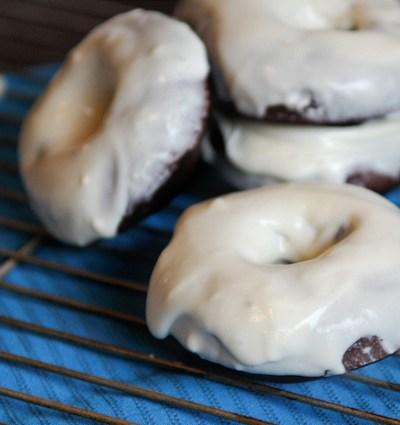 Red Velvet Baked Donuts