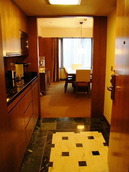 Grand Hyatt Foyer : Hotel review grand hyatt singapore
