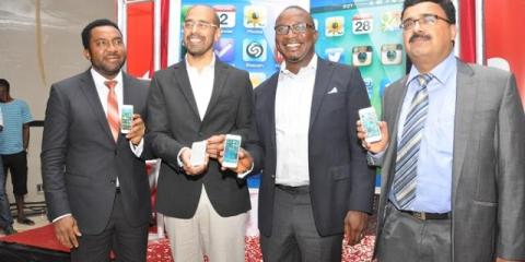 iphone-5s-Launch-Nnamdi-Nitin-Obinna-and-Verma.jpg