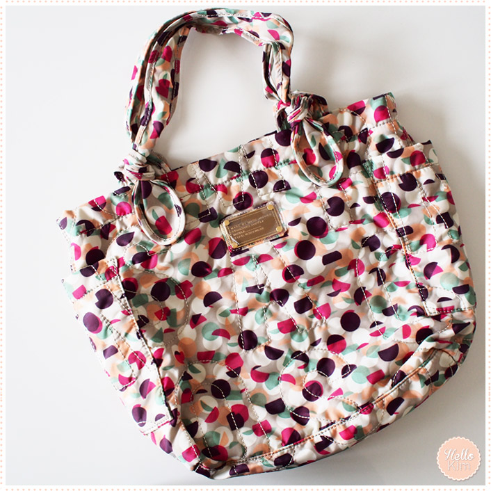 Sac en nylon Marc by Marc Jacobs de la collection Marc Jacobs Pretty Nylon group - vue face >> HelloKim