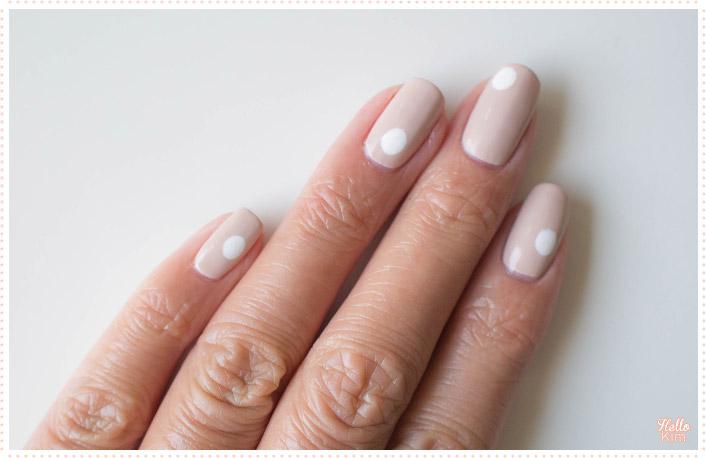 nail-art_minimalist-big-dots_formulax_monumental_hellokim_03