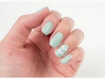 <span>Nail art</span> De petites rayures