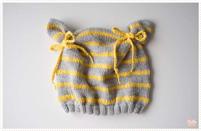 tricot-layette_bonnet-a-oreilles_rayures_hellokim1