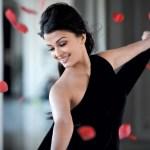 Aishwarya Rai Bachchan and Abhishek Bachchan confirmed to perform at TOIFA 2013
