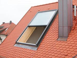 Henke Dachdeckerei und Zimmerei in Obernkirchen - Dachschiebefenster DayLight AC 200