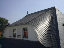 Henke Dachdeckerei und Zimmerei in Obernkirchen (Schaumburg-Lippe) - Dacheindeckung mit Naturschiefer