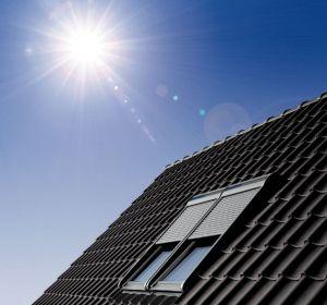Dachfenster velux mit rolladen  VELUX Dachfenster Dachbalkon Flachdach-Dachfenster Tageslicht-Spot ...