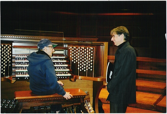 Henry Brant and Michael Tilson Thomas at the Ruffatti organ in Davies Hall, 2001