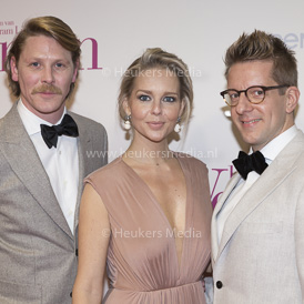 AMSTERDAM, THE NETHERLANDS. 2017, MARCH 13. Gijs Naber, Chantal Janzen en Alex Klaasen bij de premiere van de film Het Verlangen in Pathe Tuschinski.