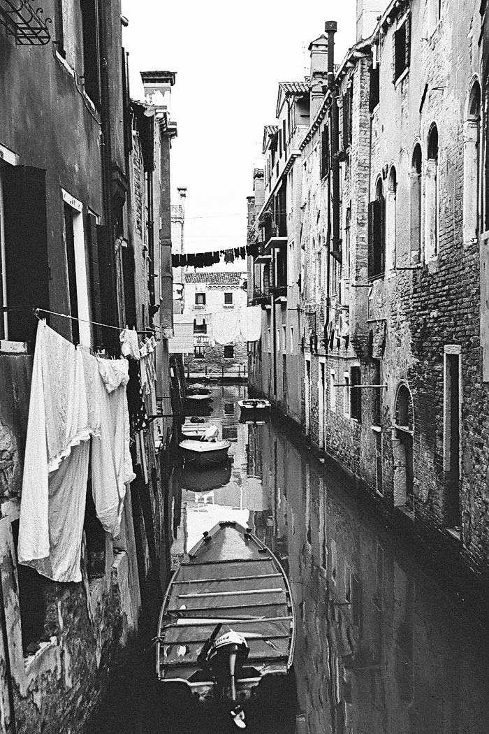 Campo Jewish Ghetto Venice By Roy