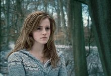 59950 450680804312 156794164312 4752088 7538771 n 220x150 Emma Watson Gets a Red Card in Harry Potter 7.1 for Laughing Too Much!