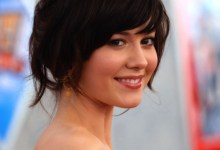 Mary Elizabeth Winstead 220x150 Mary Elizabeth Winstead And Aaron Paul Want To Get Smashed Together