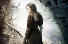 Snow White and the Huntsman 2 e1321625831175 220x141 More Footage From Snow White And The Huntsman In New Sneak Peek