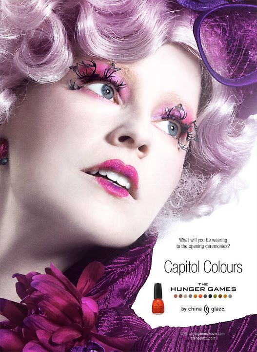 Elizabeth Banks as Effie Trinket in The Hunger Games Capitol Colours New Promo Image of Elizabeth Banks as Effie Trinket in The Hunger Games