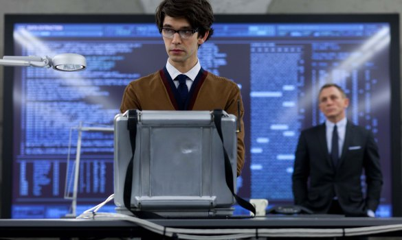 Ben Whishaw Q in Skyfall 585x350 The First Look at Ben Whishaw as Q in Skyfall