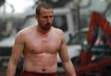 Matthias Schoenaerts in Rust and Bone 2 220x150 17 New Images from Rust and Bone with Marion Cotillard & Matthias Schoenaerts