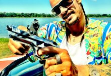 James Franco in Spring Breakers 2 220x150 New Images from Spring Breakers with Selena Gomez, Vanessa Hudgens & James Franco