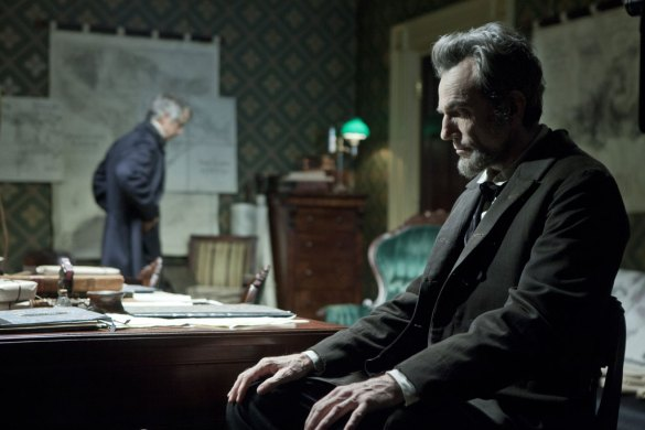 David Straithairn and Daniel Day Lewis in Lincoln 585x390 The HeyUGuys Instant Watching Guide   January 20th 2014