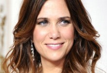 Kristen Wiig 220x150 Kristen Wiig and Seth Rogen to Guest Star in Arrested Development Season 4!