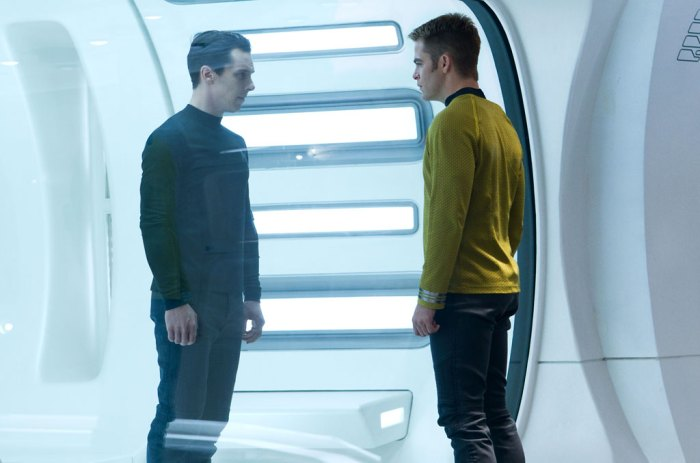 11 New Images from Star Trek Into Darkness