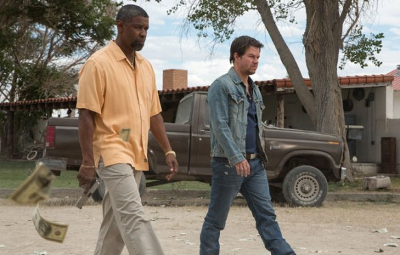 Denzel Washington and Mark Wahlberg in 2 Guns 585x373 First Look Image: Denzel Washington & Mark Wahlberg in 2 Guns