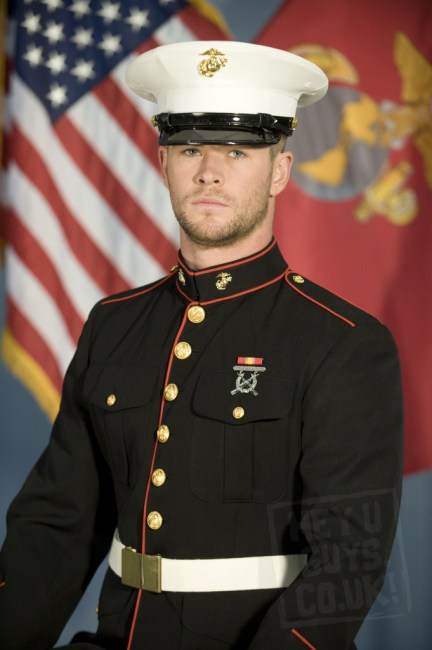 Chris Hemsworth in Red Dawn 432x650 Exclusive Image: Chris Hemsworth Suited up for Red Dawn