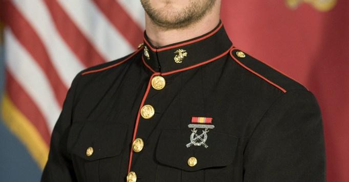 Chris-Hemsworth-in-Red-Dawn
