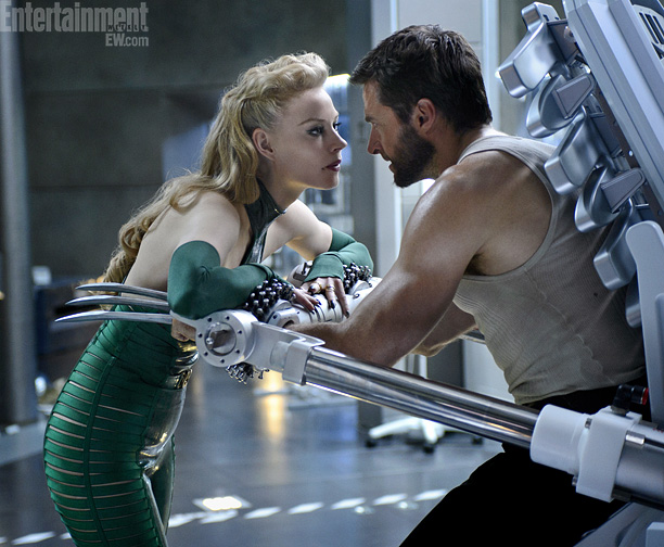 Svetlana-Khodchenkova-and-Hugh-Jackman-in-The-Wolverine