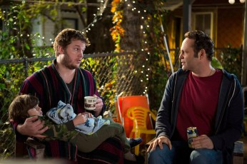 Chris-Pratt-and-Vince-Vaughn-in-Delivery-Man