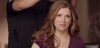 Anna-Kendrick-in-Newcastle-Brown-Ale-Non-Super-Bowl-TV-Spot
