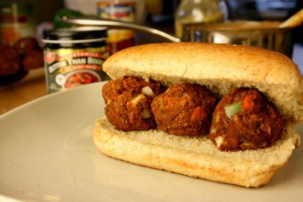 chili-meatball-sub
