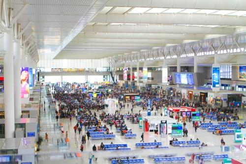 A-Shanghai-Nightlife-Pudong-Ritz-Travel-Blog-Westin-Bund-YuYuan-train