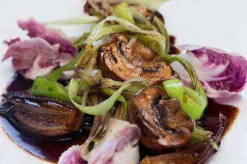 italienischer-pilzsalat-mit-radiccio-und-lauch