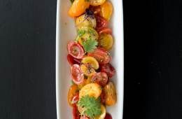 Tomatensalat mit brauner Butter