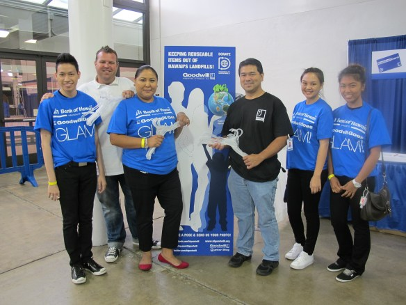 From left to right: Tyler Nguyen, Thomas Thrapp, Rebecca Gutierrez (Old Navy Ala Moana General Manager), Ryan Kusumoto (Goodwill VP of Administration), Briana Sabado and Liezl Dulduao.
