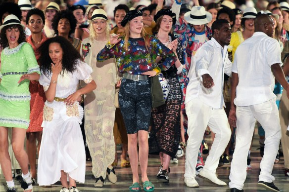 Mandatory Credit: Photo by Giovanni Giannoni/WWD/REX/Shutterstock (5673696ci) Models and dancers on the catwalk Chanel fashion show, Havana, Cuba - 03 May 2016