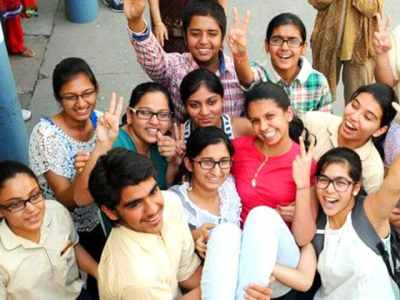 Girls outshine boys in ICSE, ISC 2015 exam results | education | Hindustan Times