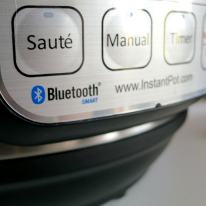 Bluetooth® wireless connection.