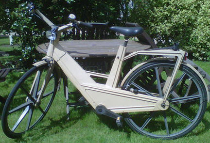 vintage Irera bicycle for sale on eBay for Charity in support of WYCE (Wonder Years Centre of Excellence)