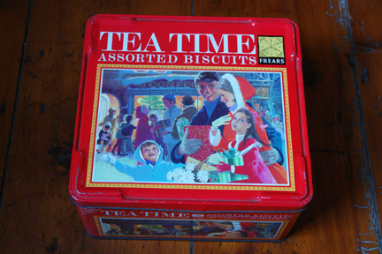 "vintage Frears ""Tea Time"" Christmas assorted biscuit tin"
