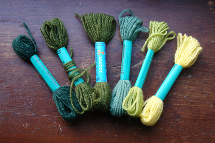 set of 6 vintage bundles of darning wool in shades of green and yellow